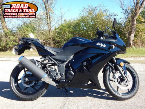 2011 Kawasaki Ninja -- Black for sale craigslist