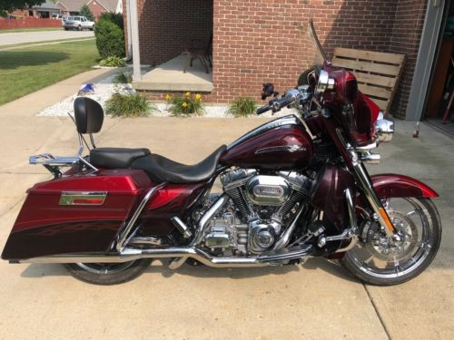 2012 Harley-Davidson Touring Ruby Red/Maroon photo