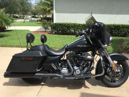 2013 Harley-Davidson Touring Black Demin for sale craigslist