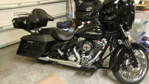 2014 Harley-Davidson Touring Black for sale