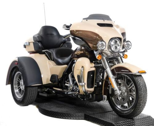 2014 Harley-Davidson Touring Sand Pearl / Canyon Brown Pearl for sale
