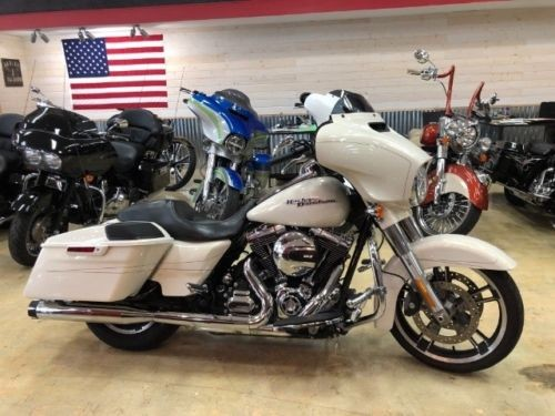 2014 Harley-Davidson Touring White for sale craigslist