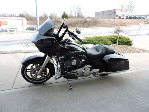 2015 Harley-Davidson ROADGLIDE S -- Black for sale craigslist