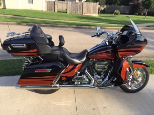 2015 Harley-Davidson Touring Autumn Sunset / Carbon Dust for sale