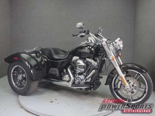 2015 Harley-Davidson Trike FLRT FREE WHEELER VIVID BLACK for sale