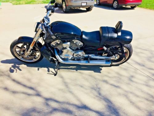 2016 Harley-Davidson V-Rod® Black photo