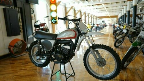 1973 Yamaha YZ Silver/ Red Stripes for sale craigslist