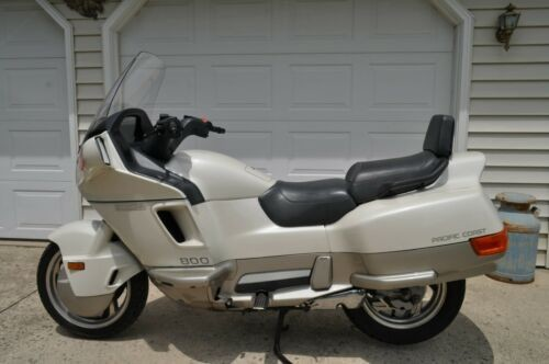 1989 Honda pacafic coast Pearl WHITE/ Champayne for sale craigslist