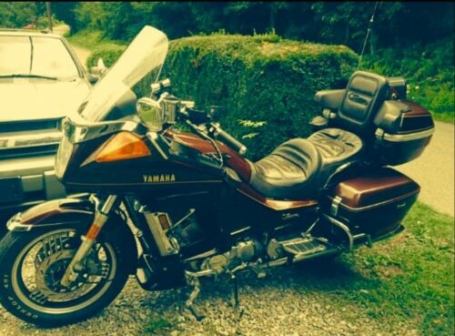 1989 Yamaha Venture Royale Burgundy for sale