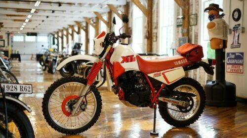 1991 Yamaha XT350 Red, White for sale craigslist