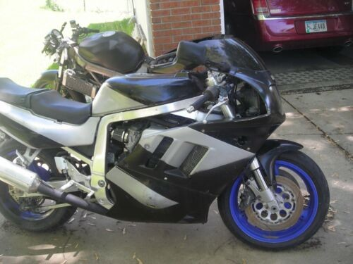1992 Suzuki gsxr silver /black for sale