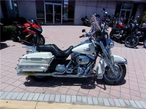 2000 Harley-Davidson ROAD KING POLICE -- White for sale