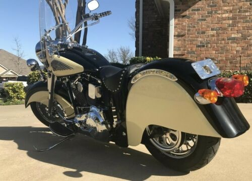2000 Indian Chief Black and Cream for sale