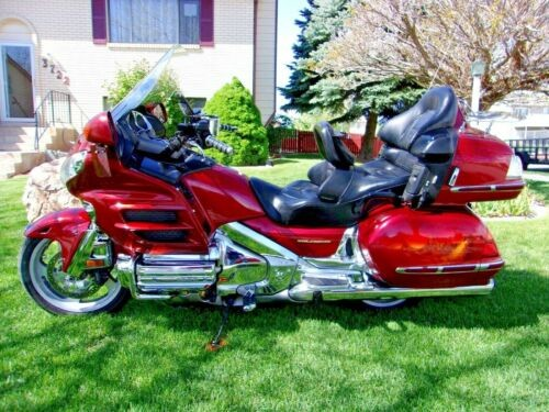2002 Honda Gold Wing Red for sale craigslist