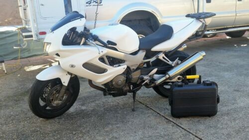 2002 Honda VTR1000F SuperHawk White for sale