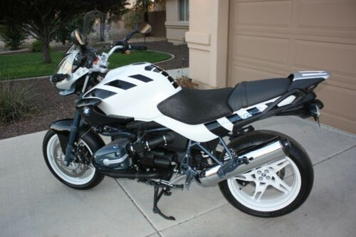 2004 BMW R-Series White with Black for sale craigslist