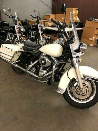 2004 Harley-Davidson Touring White for sale craigslist