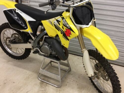2004 Suzuki RM Yellow for sale
