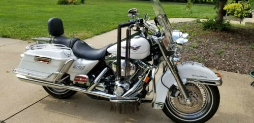 2005 Harley-Davidson Touring White for sale craigslist