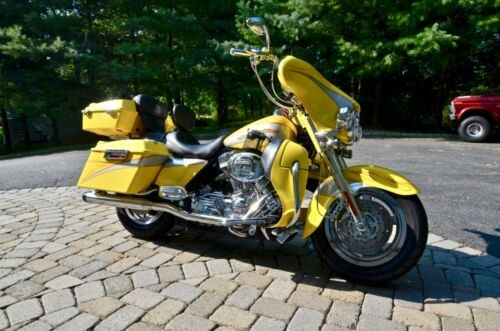 2005 Harley-Davidson Touring Yellow for sale