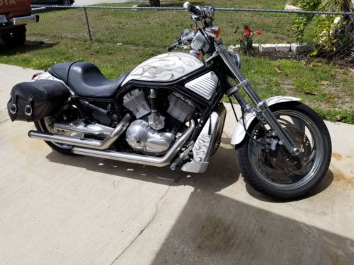 2005 Harley-Davidson V-ROD White for sale