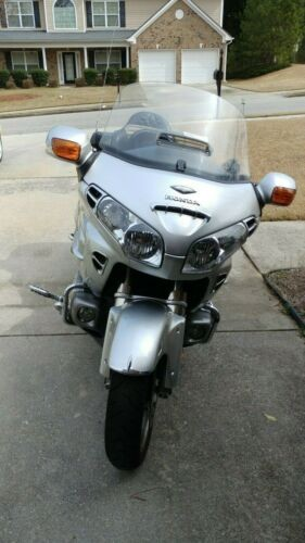 2005 Honda Gold Wing Silver for sale craigslist