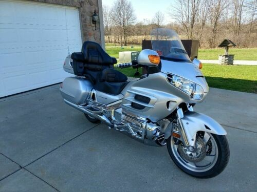 2005 Honda Gold Wing Silver for sale