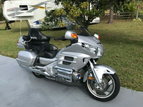 2005 Honda gold wing 1800 aniversery Silver craigslist