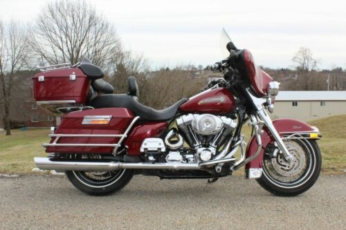 2006 Harley-Davidson Touring Red for sale