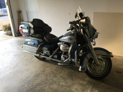 2006 Harley-Davidson Touring blue/silver for sale
