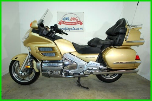 2006 Honda Gold Wing Audio / Comfort Gold for sale