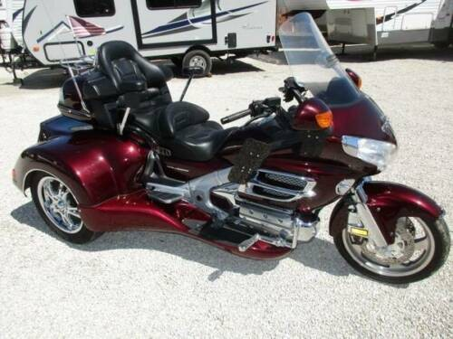 2006 Honda Gold wing Roadsmith Burgundy for sale