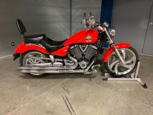 2006 Victory Vegas -- Red for sale craigslist