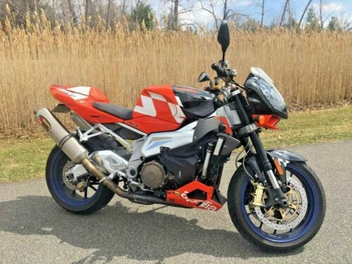 2007 Aprilia Tuono red white for sale