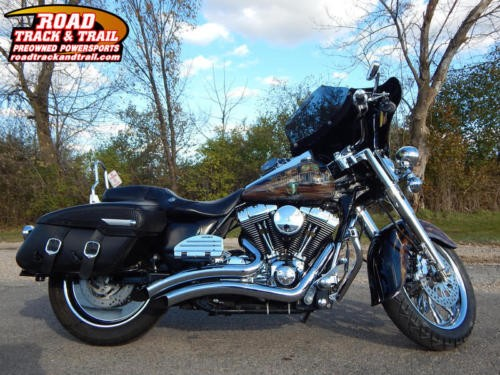 2007 Harley-Davidson FLHRC - Road King® Classic -- Black for sale