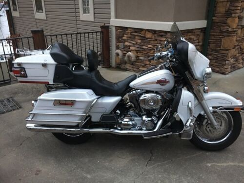2007 Harley-Davidson Touring White for sale craigslist