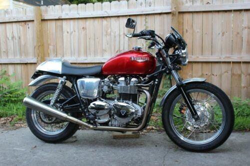 2007 Triumph Bonneville Red for sale