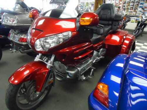 2008 Honda Gold Wing Red for sale craigslist