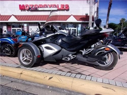 2009 Can-Am SPYDER -- Silver for sale