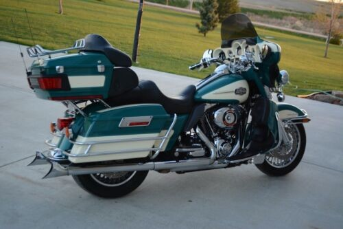 2009 Harley-Davidson Touring White and Turquoise for sale craigslist