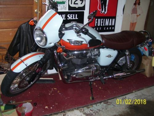 2009 Triumph T 100 50th anniversary edition gulf colors light blue/orange for sale craigslist