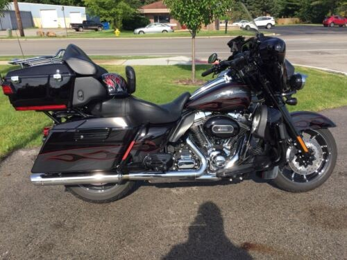 2010 Harley-Davidson Touring Crimson black slate ghost for sale