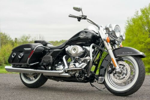 2010 Harley-Davidson Touring Vivid Black for sale craigslist
