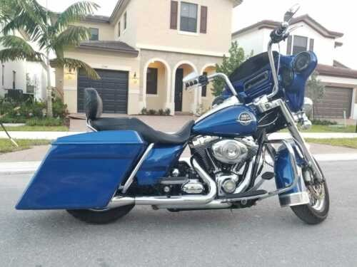 2010 Harley-Davidson Touring Road-King Touring Vivid Blue for sale craigslist