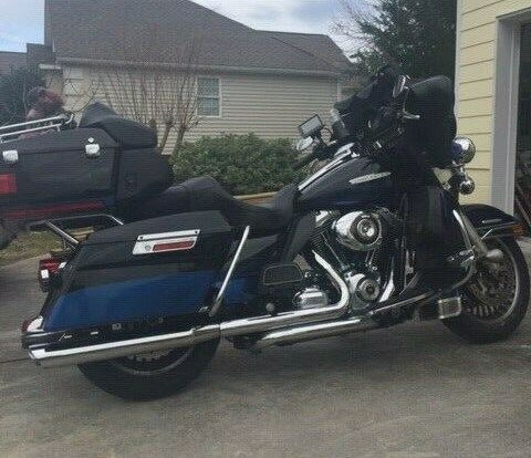 2010 Harley-Davidson Touring black / black Ice for sale