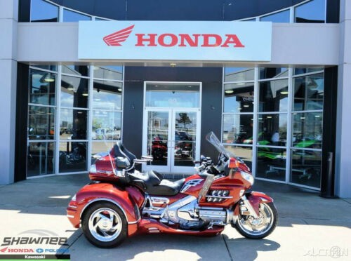 2010 Honda Gold Wing Audio / Comfort / Navi / XM Red craigslist