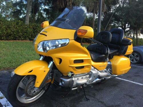 2010 Honda Gold Wing Yellow for sale