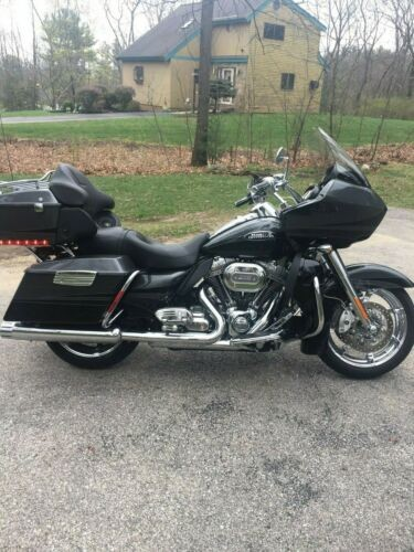 2011 Harley-Davidson Touring Gray for sale