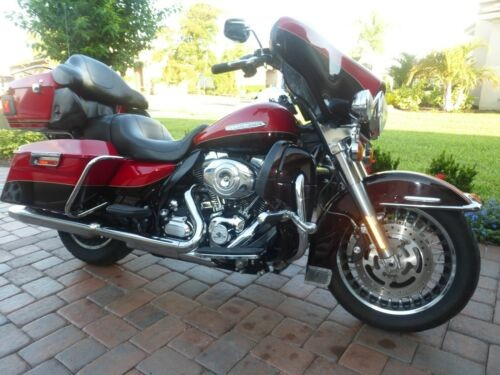 2011 Harley-Davidson Touring Red for sale