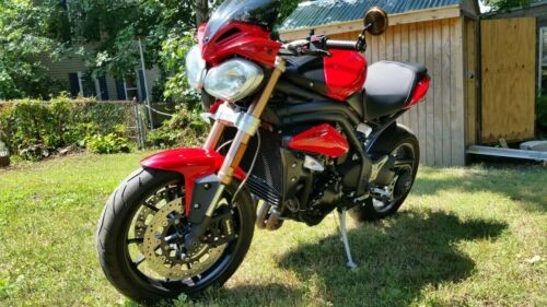 2011 Triumph Speed Triple Red for sale craigslist